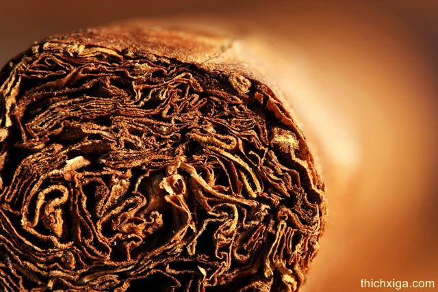 Cách khôi phục độ ẩm cho xì gà bị khô
