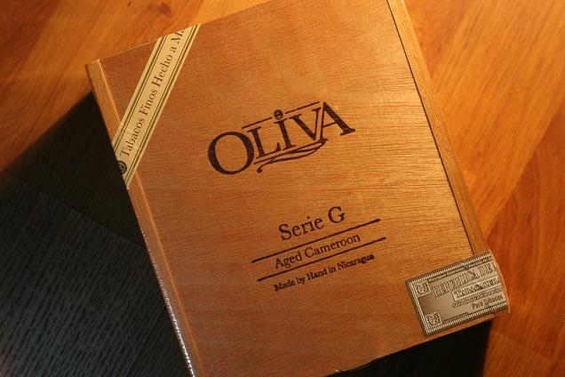 Hộp gỗ của dòng Xì gà Oliva G serial