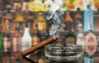 Hút xì gà ảnh hưởng đến sức khỏe như thế nào?